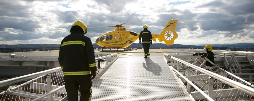 NHSGGC : First helicopter lands on new hospital helipad