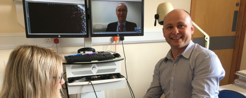 A Big Hand for Orthopaedic Surgeon Providing Remote Video Service to Patients