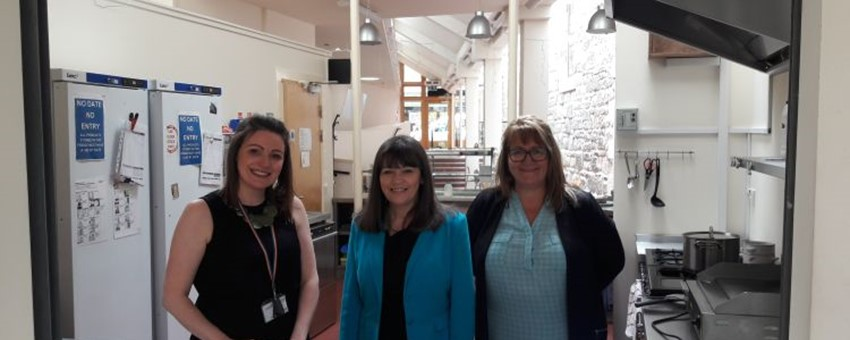 Cafe for Parents Gets Support from Minister for Mental Health
